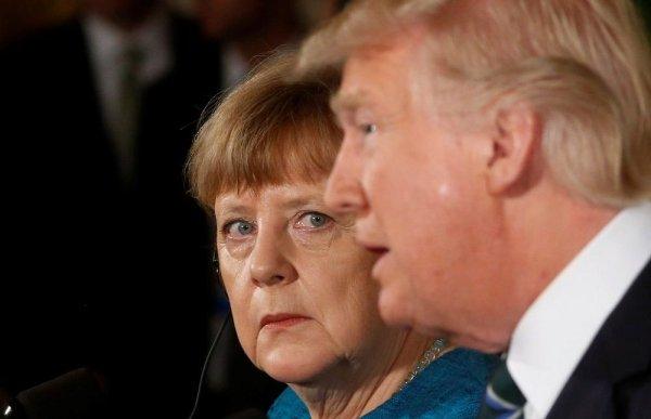 OTAN : Trump met Merkel sous pression