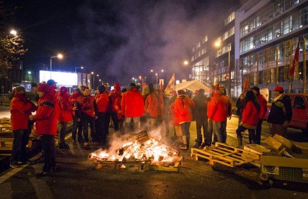 La famille Mulliez licencie des milliers de salariés, il y a urgence à construire une lutte commune