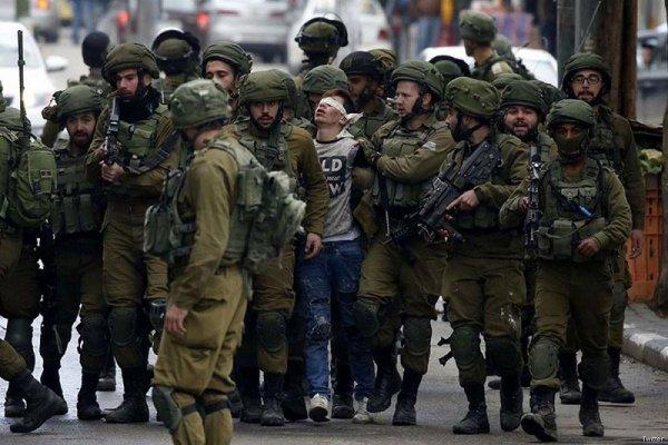 Un palestinien de 16 ans arrêté par les forces israéliennes devient le symbole de la répression