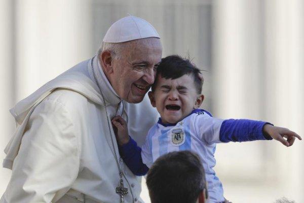 « Tueur à gages » : le Pape François, doux pour les pédophiles, dur avec l'IVG