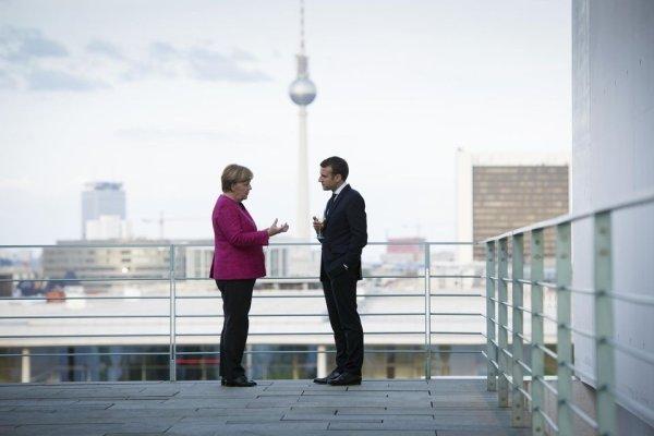 Fin de l'ère Merkel, Macron isolé et en difficulté