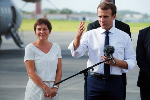 La ministre Girardin se rendra à la Réunion... les mains (presque) vides