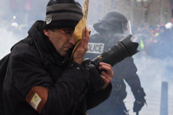Gilets Jaunes : combattre les violences contre les journalistes et s'organiser contre les médias dominants