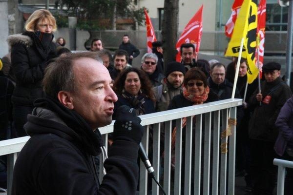 La Poste : Yann révoqué pour son militantisme syndical