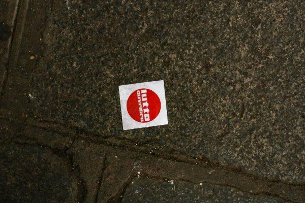 Saint-Jean-de-Maurienne. La police municipale chasse Lutte Ouvrière venu tracter pour les européennes