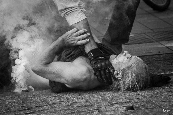 Acte 38 à Nantes : sur les réseaux sociaux, les violences policières ne passent pas