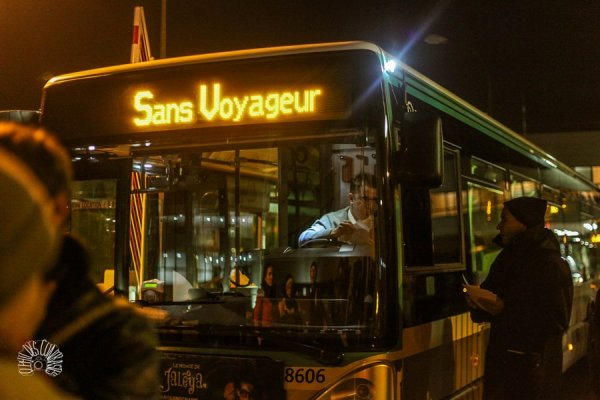 Les bus RATP dangereusement surchargés en période de grève
