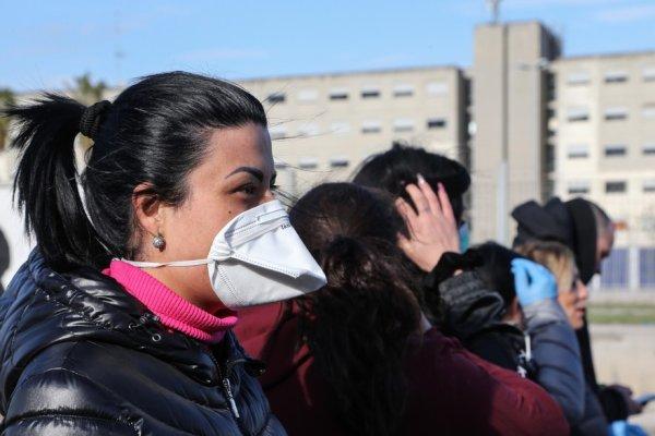 Toute l'Italie placée en quarantaine : les prisons italiennes se mutinent