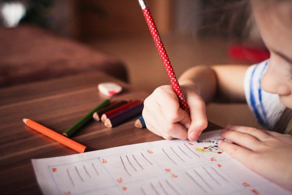 Vous n'aurez plus de chômage partiel si vous refusez d'envoyer les enfants à l'école à partir du 1er juin