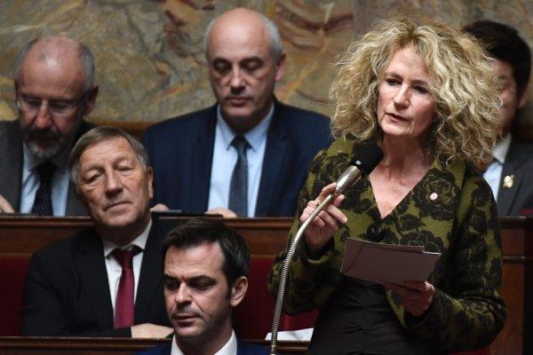 Exclue du groupe parlementaire LREM pour avoir voté contre le plan de déconfinement