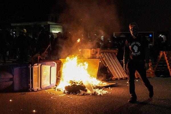 Le mouvement contre les violences policières se poursuit à Portland, malgré une répression féroce