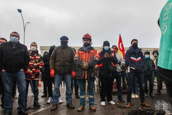 Grève contre les suppressions d'emplois à Grandpuits : « c'est un nouveau Bridgestone déguisé »
