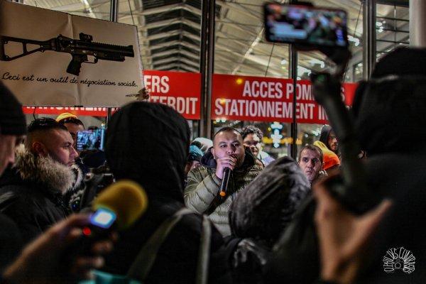 Anasse Kazib et les militants de Révolution Permanente menacés d'exclusion du NPA