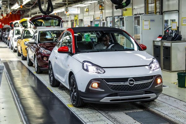 PSA ne perd pas de temps : 6000 suppressions d'emploi prévues chez Opel-Vauxhall