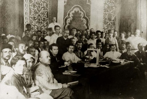 Un moment d'espoir : le congrès des peuples d'Orient de Bakou en 1920