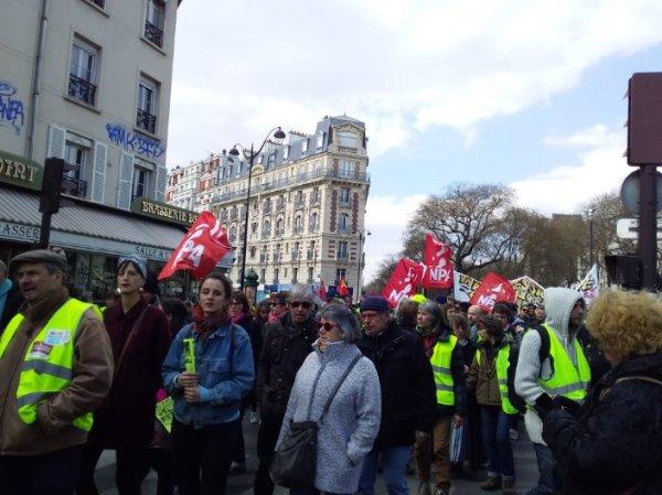 Loi « anti-casseur » : des milliers de manifestants pour défendre le « droit de manifester »