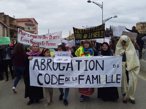 Mouvement des femmes en Algérie : s'unir pour ne plus subir