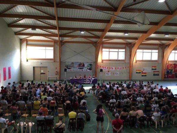 Université d'été internationaliste : près de 350 personnes pour débattre révolution sous le soleil aveyronnais