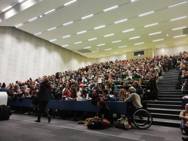 800 personnes en AG au Mirail, les étudiants s'organisent !