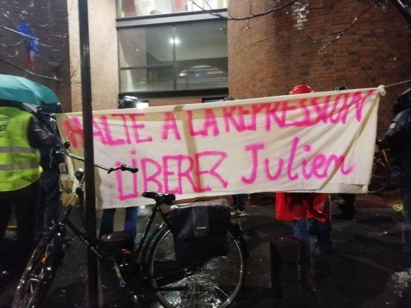 Répression : l'enseignant interpellé sur un piquet RATP déféré au Tribunal de Bobigny