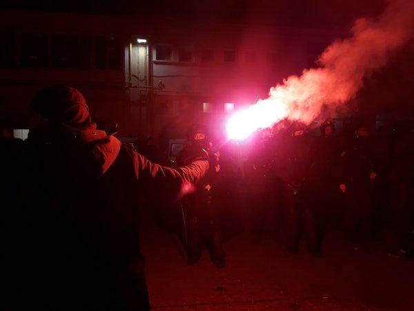 RATP : les machinistes en droit de retrait pour dénoncer la répression policière des grévistes ce matin