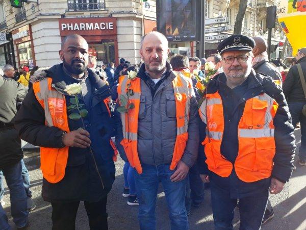 Manifestation à Paris : hommage à Alix, un gréviste de la RATP qui a mis fin à ses jours