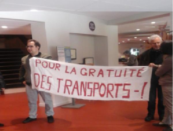 Bordeaux. Nous voulons la gratuité des transports pour tous.
