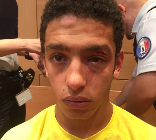Violences policières. Un jeune se fait tabasser au sein même du palais de justice